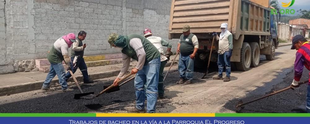 NOS ENCONTRAMOS REALIZANDO TRABAJOS DE BACHEOS